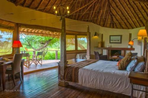 Tawi Lodge Photo