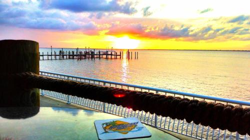 Punta Gorda Waterfront Hotel & Suites Photo