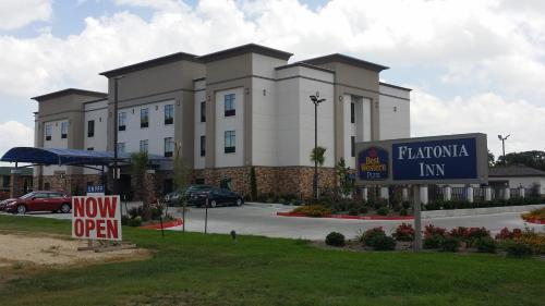 Best Western Plus Flatonia Photo