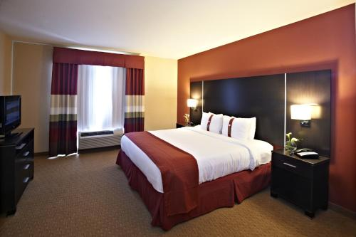 Holiday Inn Birmingham - Hoover - Hoover, AL 35244