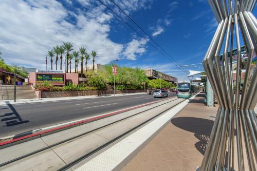 Hampton Inn Phoenix-Airport North - Phoenix, AZ 85008