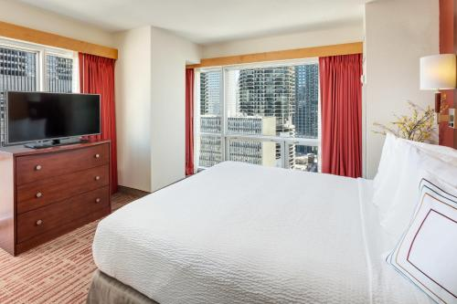 Residence Inn By Marriott Chicago Downtown/River North - Chicago, IL 60654