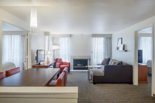 Residence Inn by Marriott Portland West / Hillsboro Photo