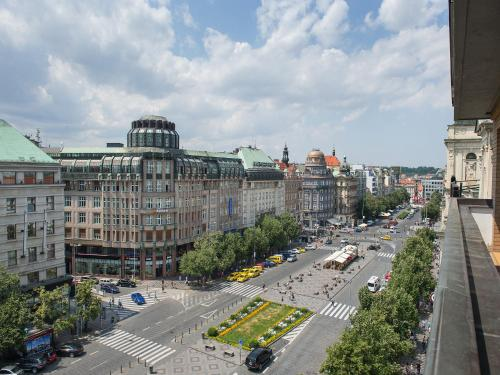 Ramada prague city centre prague cheap flexible rates for Hotels in prague city centre