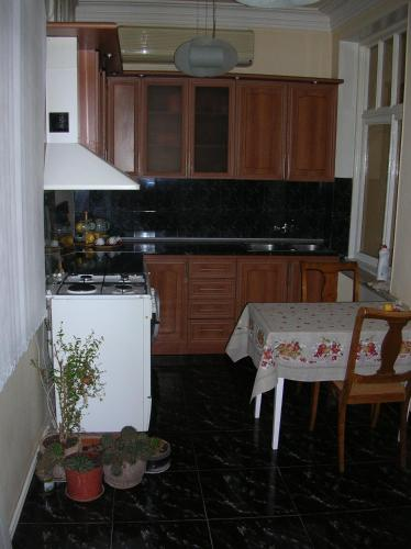 APARTMENT FOR YOU IN MASHTOC AVEE