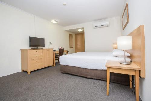 ibis Styles Canberra Eagle Hawk photo 34