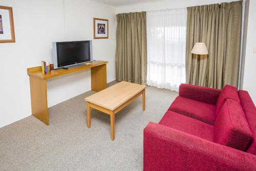 ibis Styles Canberra Eagle Hawk photo 41