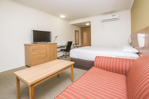 ibis Styles Canberra Eagle Hawk photo 60
