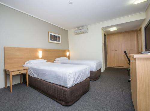 ibis Styles Canberra Eagle Hawk photo 69