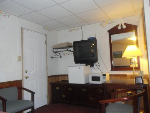Budget Inn Somerset Photo