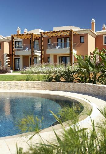 holidays algarve vacations Carvoeiro Deluxe Villas at Monte Santo