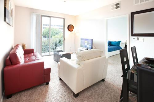 Corporate Suites in Los Angeles Beaches Area Photo
