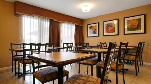 Best Western PLUS Executive Inn and Suites Photo