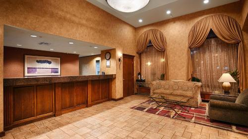 Best Western Plus Executive Inn And Suites