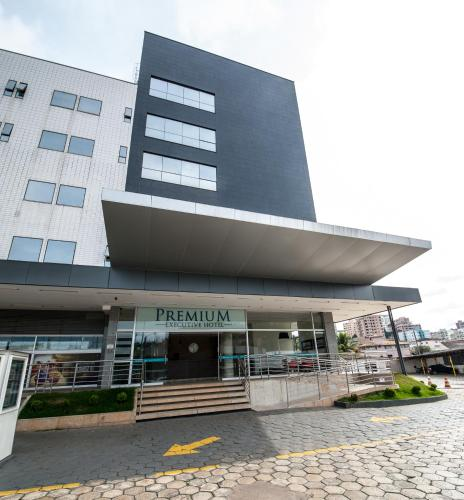 Premium Executive Hotel Itabira Photo