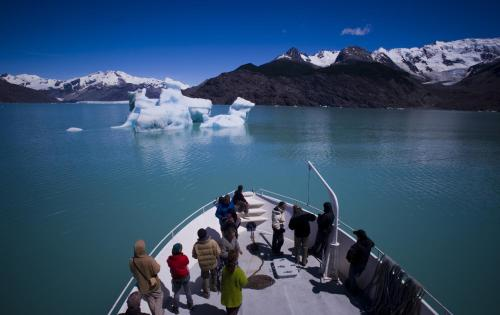 Robinson Crusoe Deep Patagonia Photo