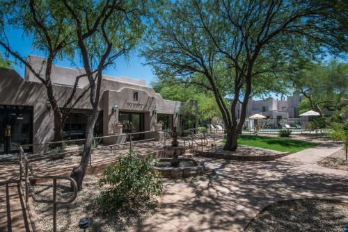 Villas of Cave Creek Photo