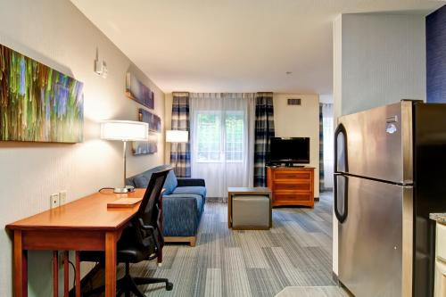Homewood Suites by Hilton Stratford Photo