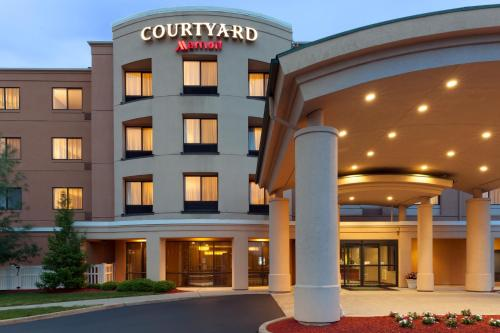 Courtyard Hartford Farmington Photo