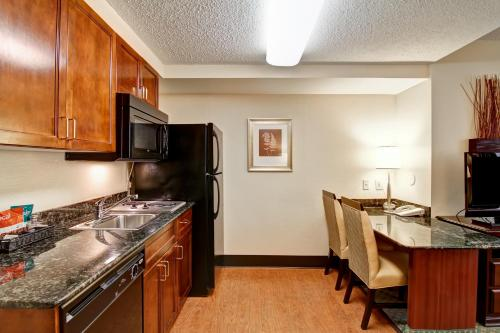 Homewood Suites by Hilton Washington, D.C. Downtown photo 12