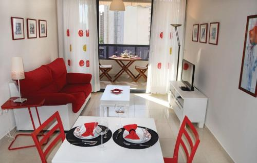 One-Bedroom Apartment Benidorm with an Outdoor Swimming Pool 03 - фото 0
