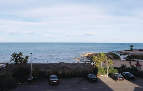 TWO BEDROOM APARTMENT WITH SEA VIEW 07