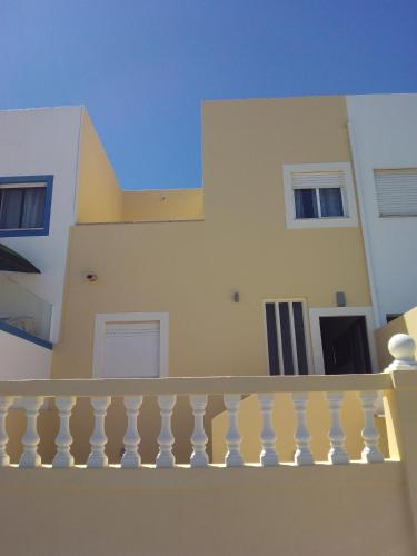 holidays algarve vacations Salema Casa Yucca