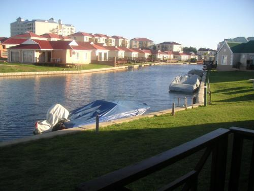 Waterside Living CL25 Photo