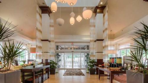 Hilton Garden Inn Norwalk Photo