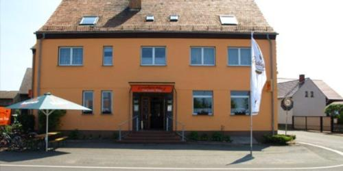 Landgasthof & Pension Zum neuen Krug