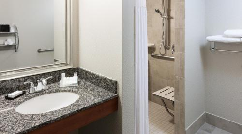 Hilton Garden Inn Denver Downtown photo 6
