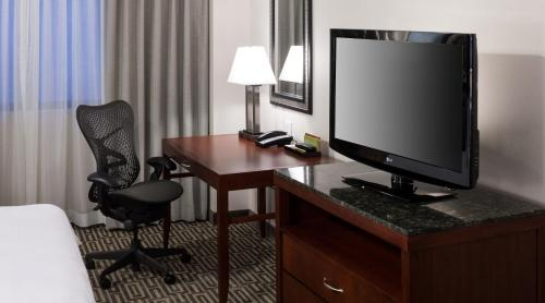 Hilton Garden Inn Denver Downtown - Denver, CO 80202