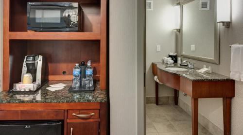 Hilton Garden Inn Denver Downtown photo 15