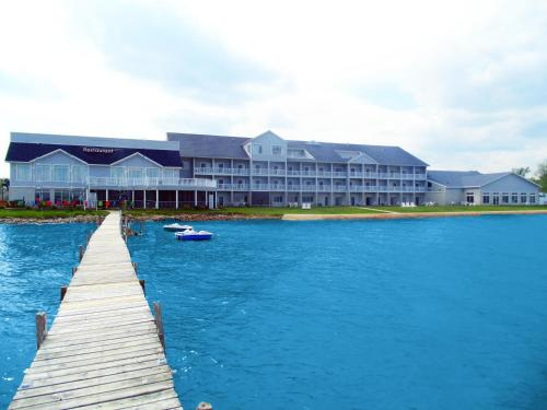 Lakeside Resort & Conference Center Photo