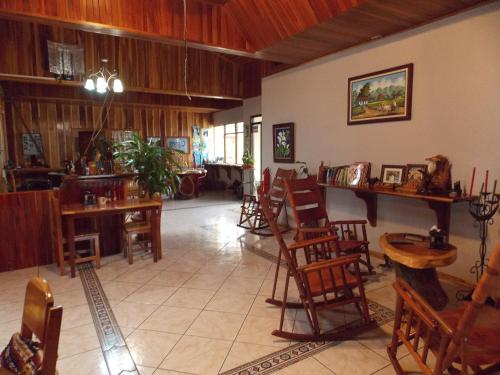 Hotel Las Orquideas Photo