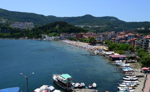 Amasra Marina Pension adres