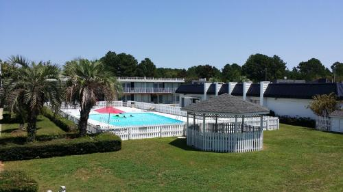 Palmetto Inn Florence Photo