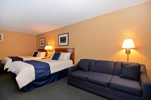 Best Western PLUS Country Meadows Photo