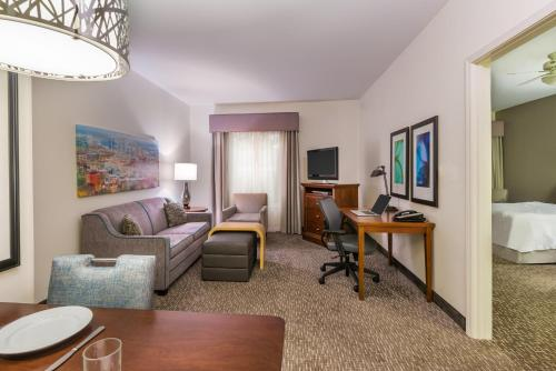 Homewood Suites by Hilton Birmingham-South/Inverness Photo