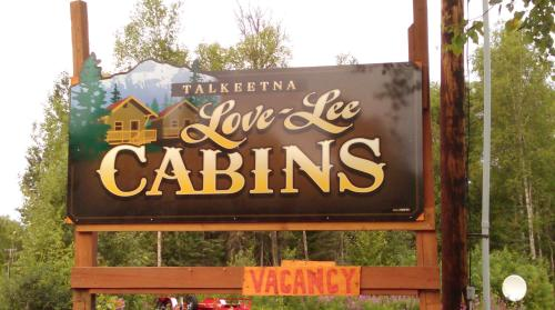 Talkeetna Love-Lee Cabins Photo