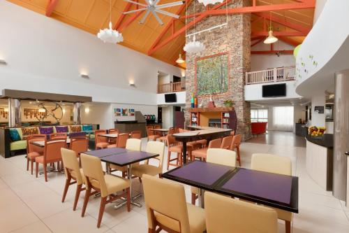 Homewood Suites Harrisburg-West Hershey Area Photo