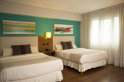 Hotel Bicentenario Suites & Spa Photo