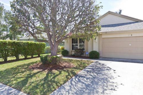 Cozy Single Family Home in Boynton Beach FL
