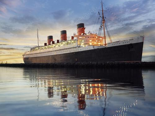 The Queen Mary Photo