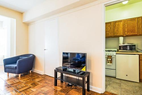 Washington Whisper Apartment Photo