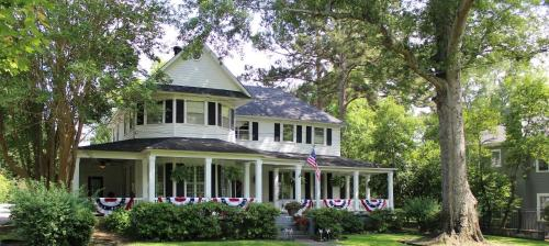 Huffman House Bed & Breakfast Photo