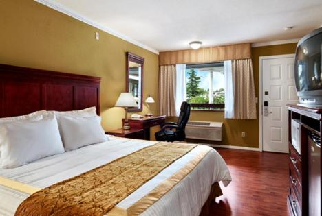 Royal Coachman Inn & Suites Fife/ Tacoma