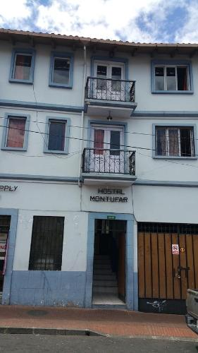 Hostal Montufar Photo