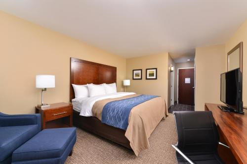Comfort Inn & Suites Mandan - Bismarck Photo