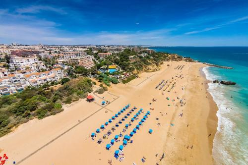 holidays algarve vacations Albufeira Monica Isabel Beach Club